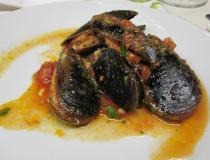 Cozze ripiene con pangrattato, prezzemolo e parmigiano