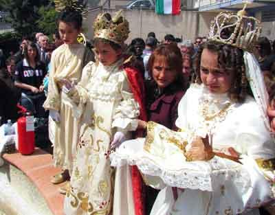 A tavulata di san giuseppe a barrafranca la mia sicilia - La tavola degli ufficiali ...